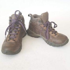 Vasque Women's WaterProof Hiking Boots Size 7.5